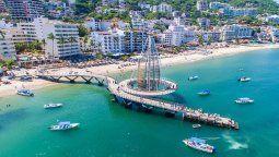 puerto vallarta celebra su aniversario y la reapertura gradual de actividades