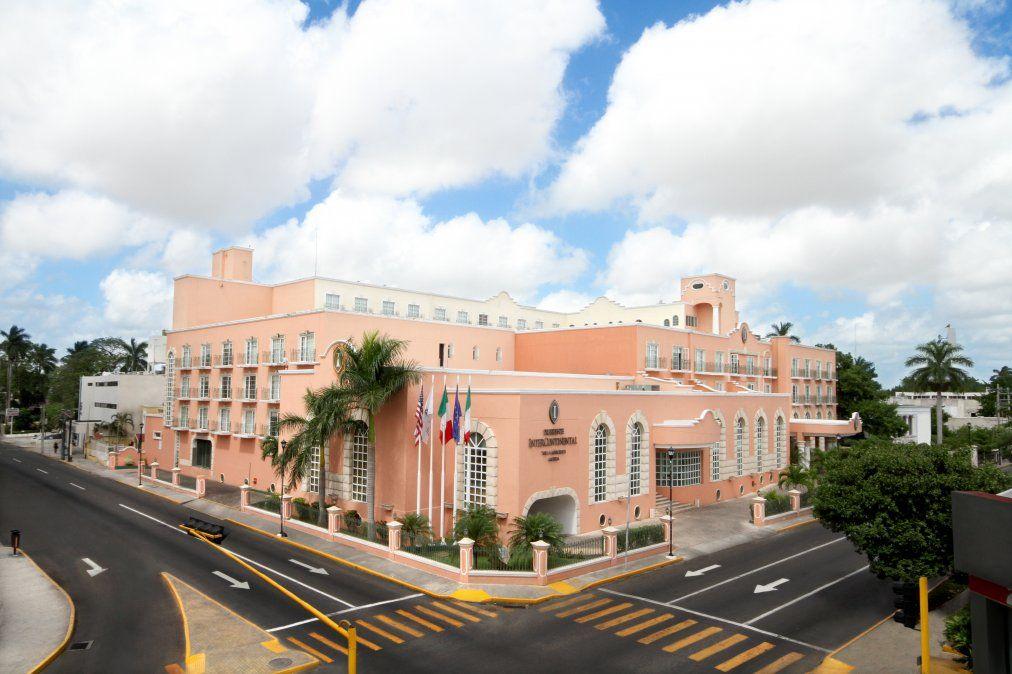 Elnuevo Curio Collection By Hilton Hotel.