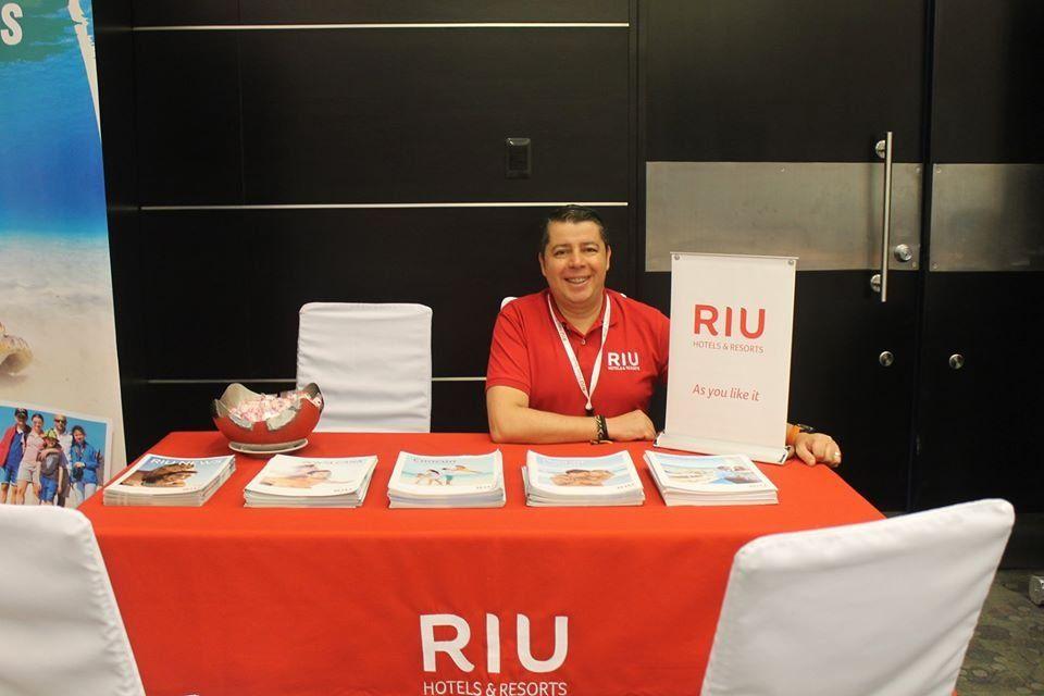 RIU Hotels&Resorts.