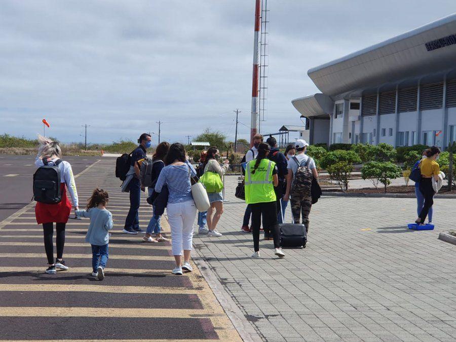 Se flexibilizan protocolos para viajar como el APO