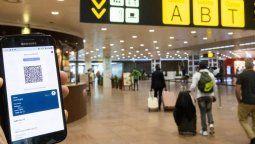 """Certificado Covid. IATA dijo que la libre circulación dentro de Europa """"se ve comprometida por el fracaso de los Estados miembros para armonizar las regulaciones de entrada""""."""