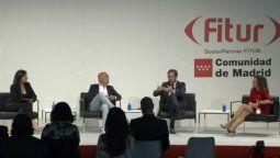 El panel que debatió sobre la reapertura de los vuelos, en el Foro de IATA en Fitur