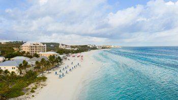 Anguilla comienza la reactivación turística