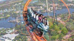 Los parques de SeaWorld estrenarán varias atracciones: una de ellas es la montaña rusa Ice Breaker en SeaWorld Orlando.