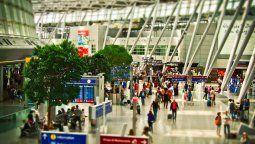 IATA, Aetai y APEA pidieron al Gobierno que los aeropuertos puedan operar con 100% de aforo.