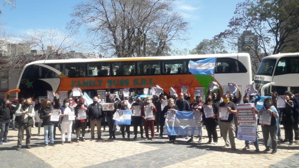 {altText(<p>#salvemosalturismo</p>,Salvemos al turismo de Ushuaia a la Quiaca)}