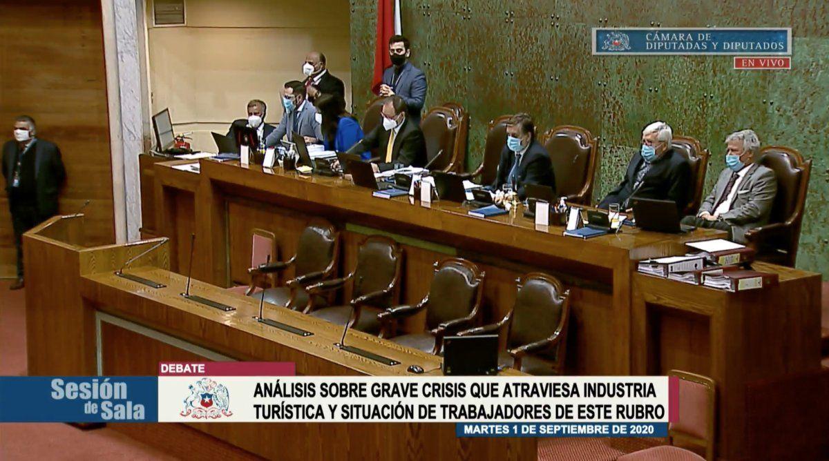 Diputado presentó proyecto de rescate al turismo que incluye créditos y otras medidas