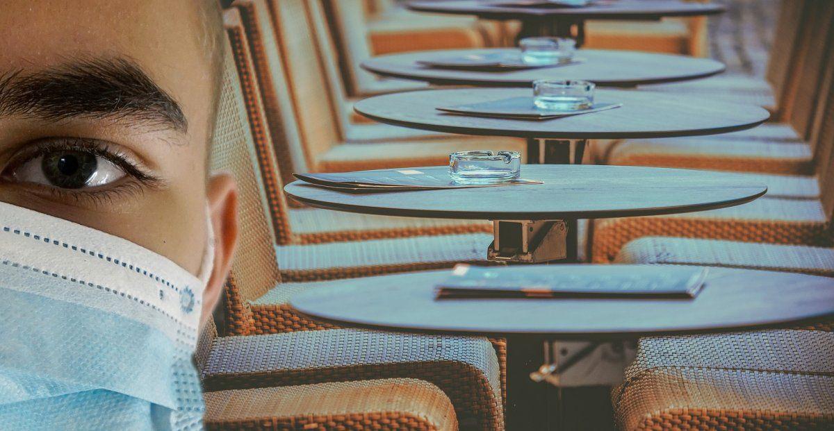 Para ingresar a bares y restaurantes los clientes deberán presentar un código QR.