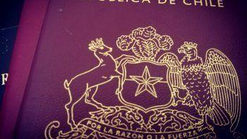 Pasaportes: querella contra el director del Registro Civil
