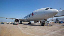 Los vuelos a Montevideo de American Airlines es operada con aeronaves Boeing B-777/200.