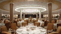 The Grand Dining Room, lujo extremo a bordo de Oceania Cruises.