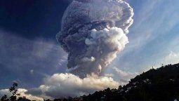El volcán La Soufriere, de San Vicente, en plena actividad