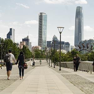 Santiago, en el promedio de las ciudades más competitivas por precios de la región