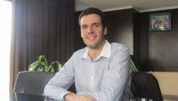 Gabriel Przybylski, Magíster en Gestión de Servicios Tecnológicos y de Telecomunicaciones (gpribi@gmail.com)