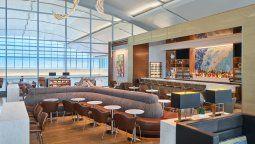 El nuevo Delta Sky Club inaugurado en el Aeropuerto Internacional de Ft. Lauderdale.