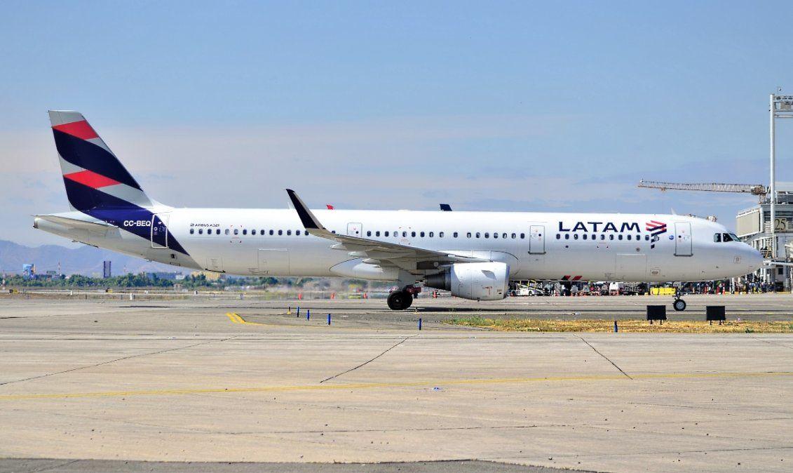 Latam implementará de manera piloto el IATA Travel Pass.