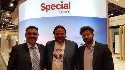 Juan Calvo, director comercial regional, David Patiño y Adrián Garzón, brand manager, representaron a Special Tours en Fitur.