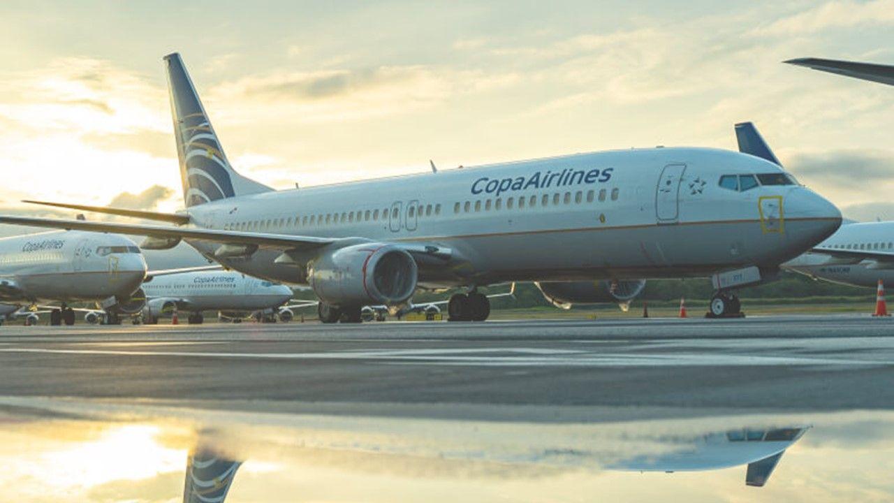 Las aerolíneas que se unen voluntariamente al Compromiso 25 para 2025 de IATA se comprometen a aumentar la representación femenina.