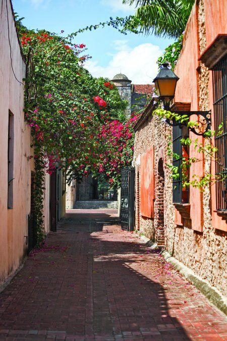 Santo Domingo transmite el pulso de la cultura dominicana.