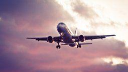 aerolineas no podran cobrar extras por endoso y reprogramacion