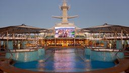 El Rhapsody of the Seas.