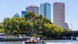 El río Hillsborough, caudaloso corazón de Tampa Bay, la ciudad más importante de la costa oeste de Florida.