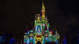 Disney se prepara y por las noches se verán proyecciones especiales en el Castillo de Cenicienta.