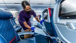 Delta Air Lines implementó rigurosos procesos de sanitización en los vuelos.