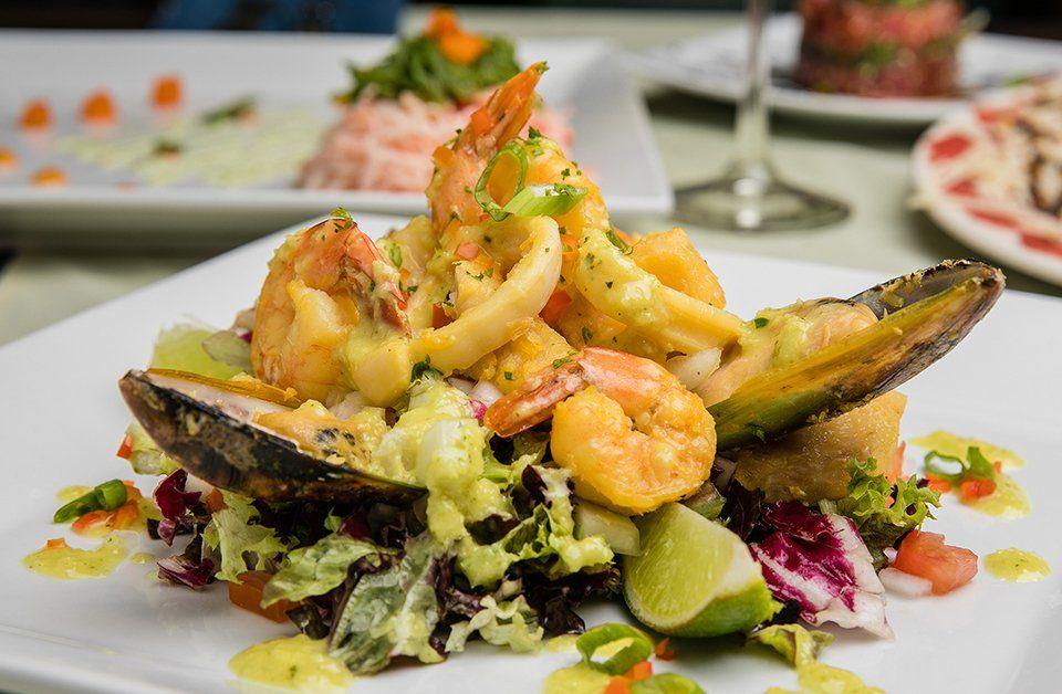 La riqueza cultural de Aruba también se traduce en la gastronomía.