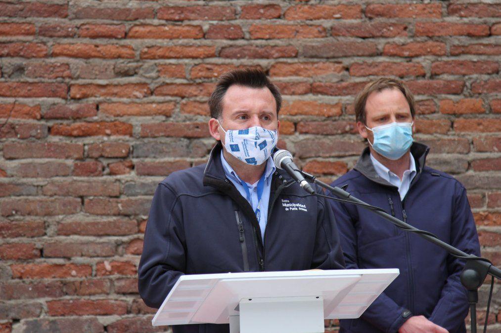El alcalde de Punta Arenas instó a los habitantes de Magallanes a tomar las medidas de precaución necesarias.