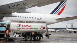 Air France-KLM voló por primera vez un tramo de larga distancia con biocombustible.