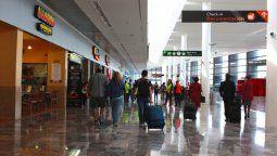 La Secretaría de Salud pidió vitar los viajes internacionales por Covid-19.