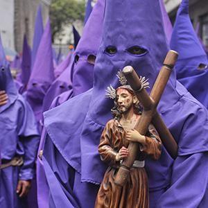 576 mil turistas se movilizaron durante Semana Santa en Ecuador