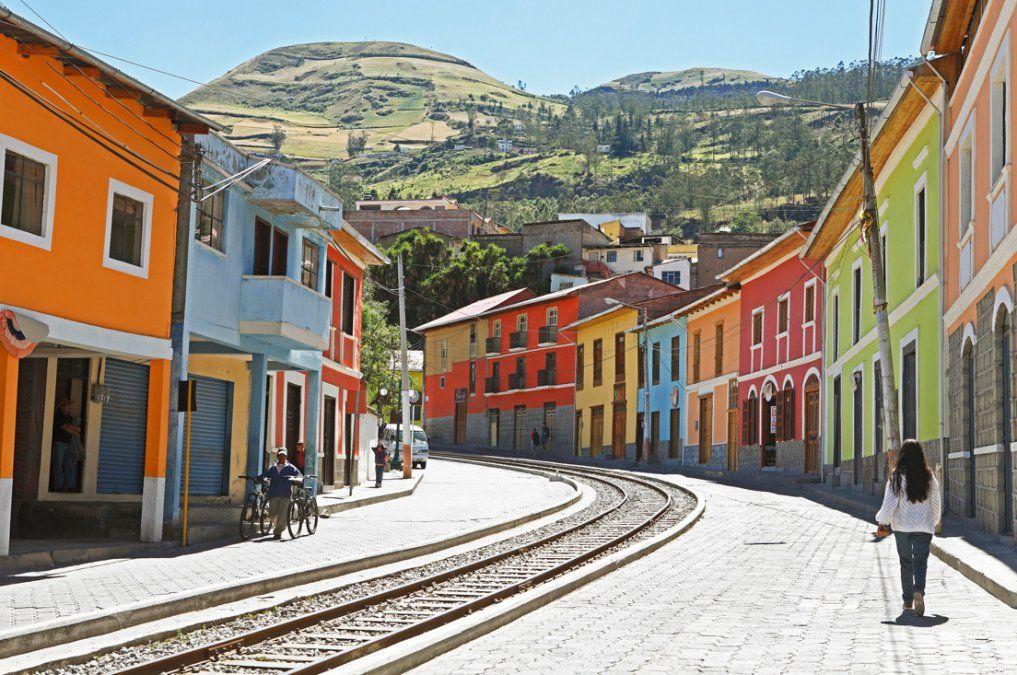 21 destinos en Ecuador han sido denominados como Pueblos Mágicos.