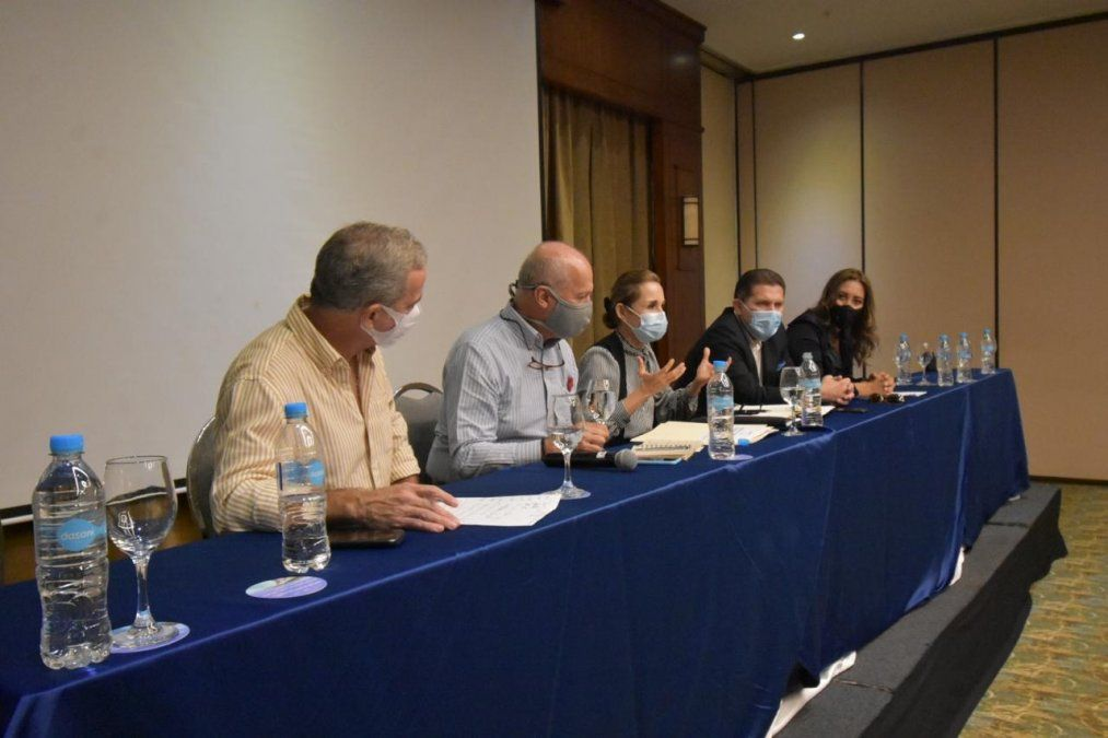 Reunión con sector hotelero y turístico de Guayaquil