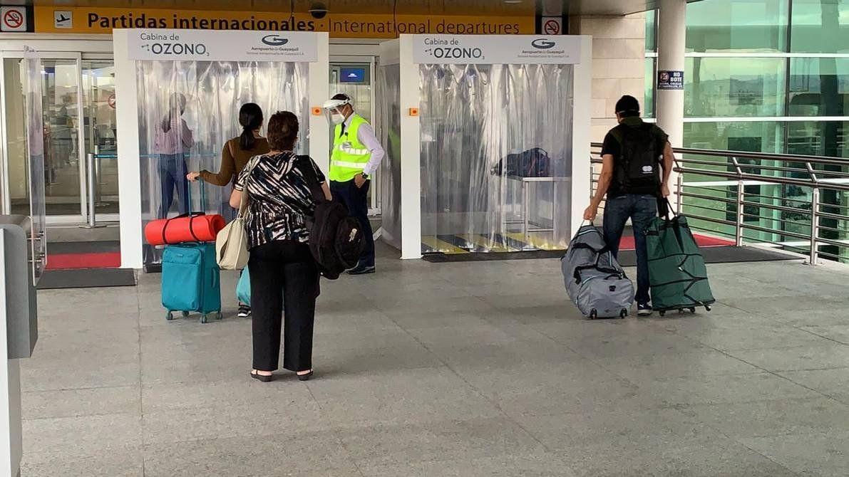 Los aeropuertos de Guayaquil y Quito cuentan con altos estándares de bioseguridad.