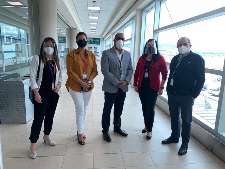 Representantes de Quiport, Latam y del Aeropuerto de Quito.