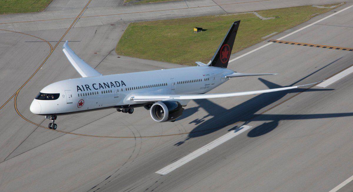 Un Boeing B-787 Dreamliner de Air Canada.