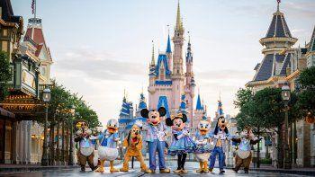 Disney World celebrará su 50° aniversario con toda la magia