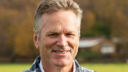 Mike Dunleavy, gobernador de Alaska, confirmó que también pedirá judicialmente el regreso de los cruceros.
