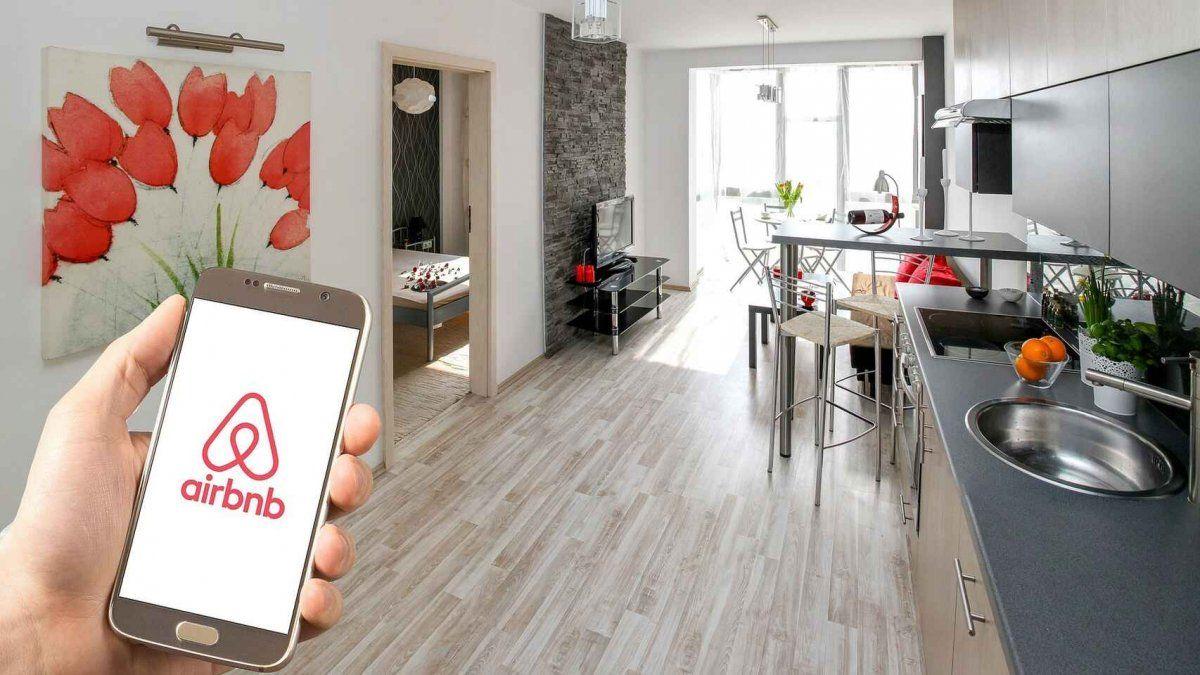 El documento para regular plataformas como Airbnb se continúa trabajando con los representantes de los gremios del sector.