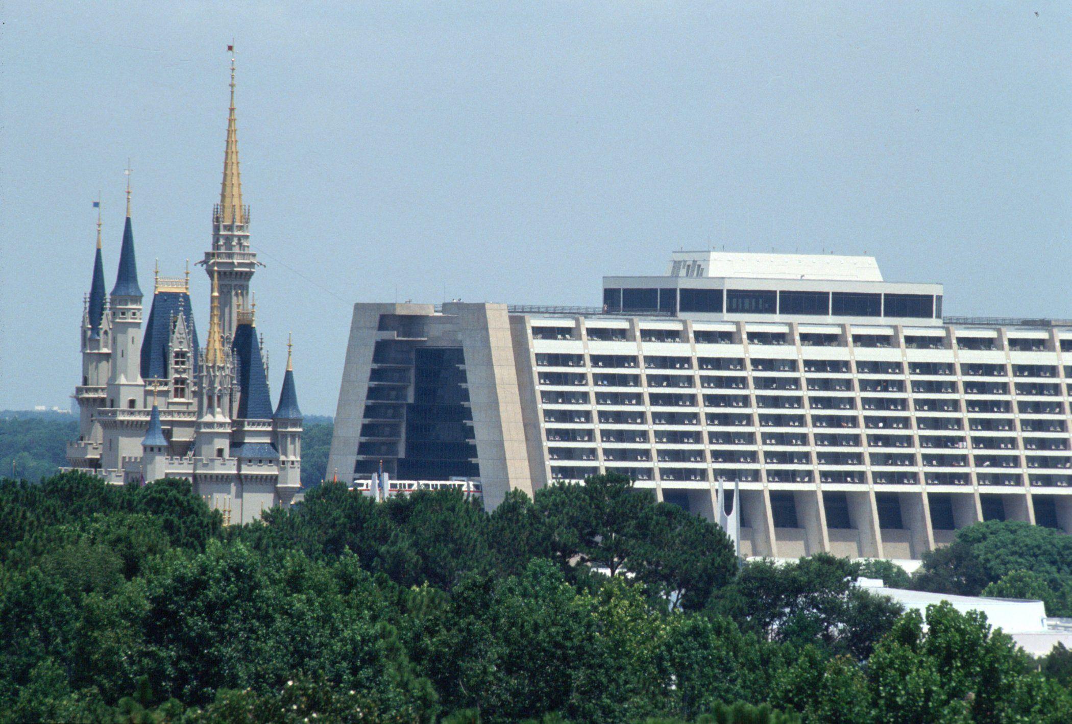 El Disney´s Contemporary Resort, está encarando un ambicioso plan de mejoras.