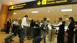 canatur: pesimas decisiones del gobierno afectan al turismo