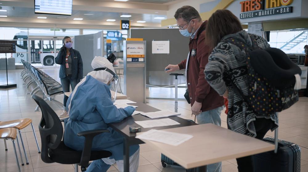 Ahotec realizó un informe sobre la llegada de turistas extranjeros a Ecuador durante agosto de 2021.