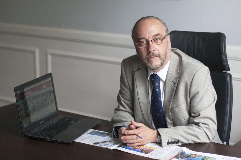 Carlos Vidal.
