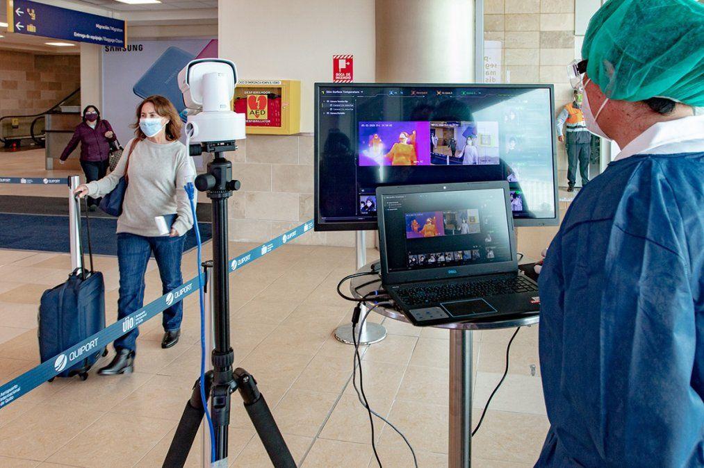 Los aeropuertos de Quito y Guayaquil se encuentran 100% operativos.