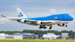 KLM despedirá entre 800 y mil trabajadores suplementarios.