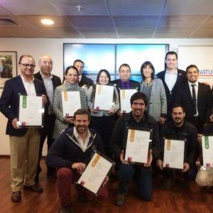 Empresarios de la Región Metropolitana reciben sellos S y Q