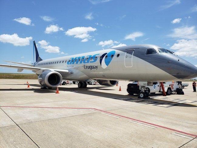 El Embraer E190 de Amaszonas Uruguay.