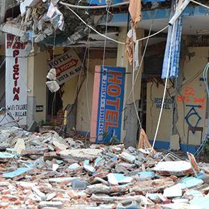 El turismo busca la normalidad después del terremoto